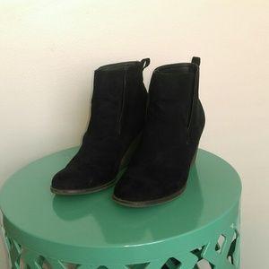 Merona Black Boots size 9